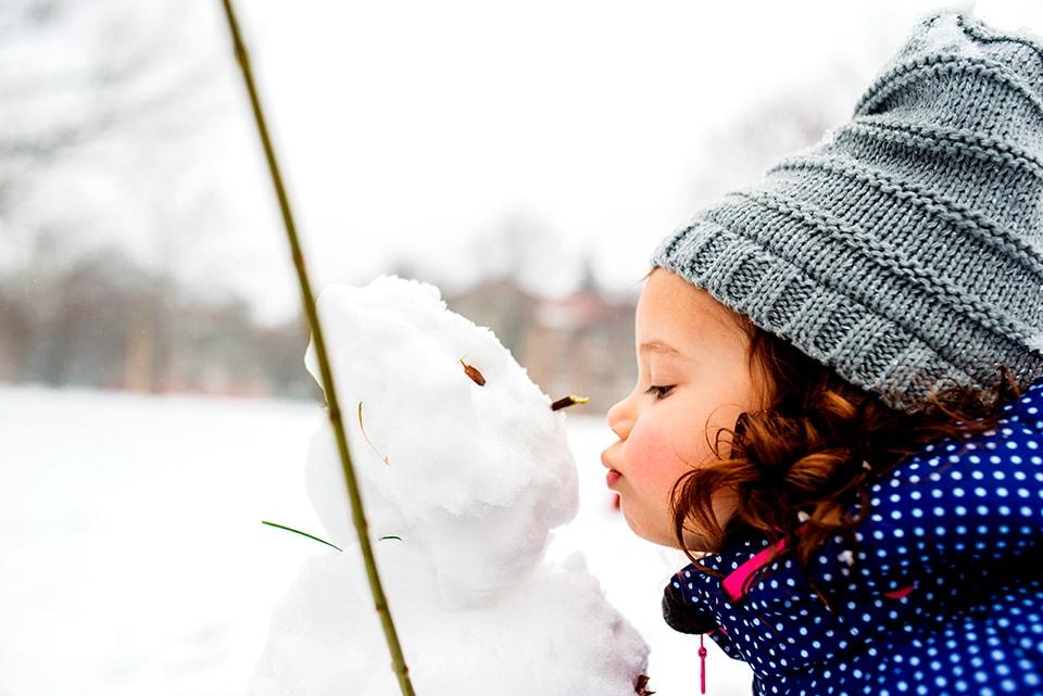 Så här skyddar du ditt barns hud på vintern